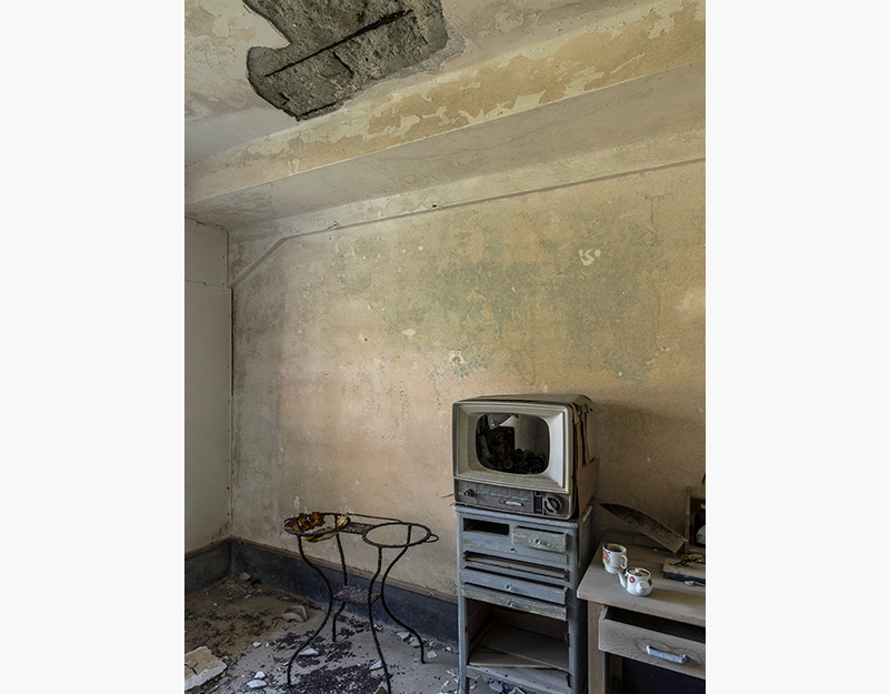 Hashima Island Photographs by Andrew Meredith Photography - Apartments Photograph 5
