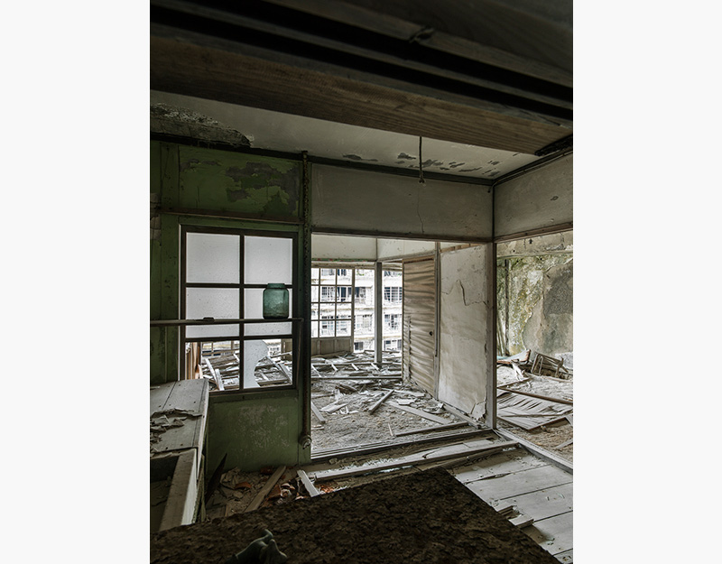 Hashima Island Photographs by Andrew Meredith Photography - Apartments Photograph 10
